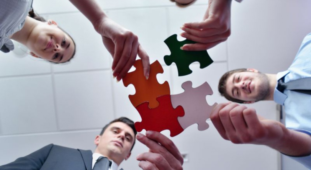 Firmy walczą o kompetentnych pracowników