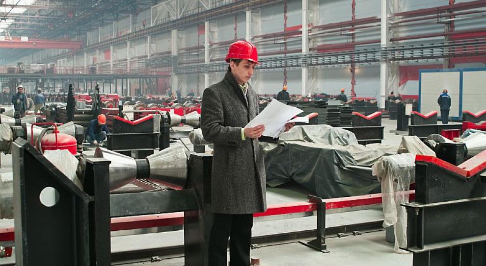 Poszukiwani operatorzy maszyn, robotnicy przemysłowi i rzemieślnicy