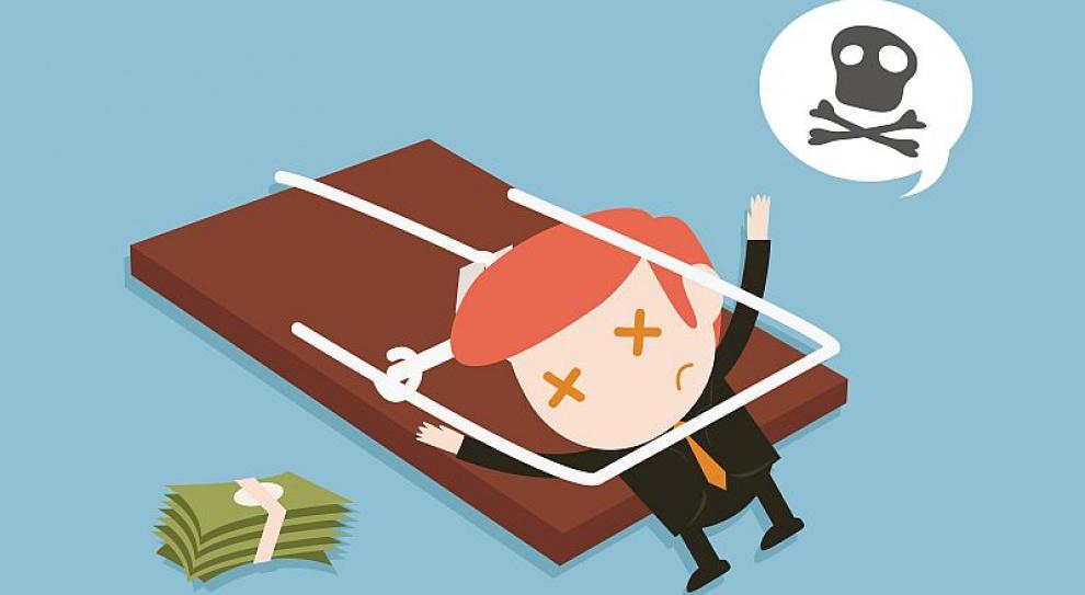 Pracownicy bez umowy o pracę klepią biedę