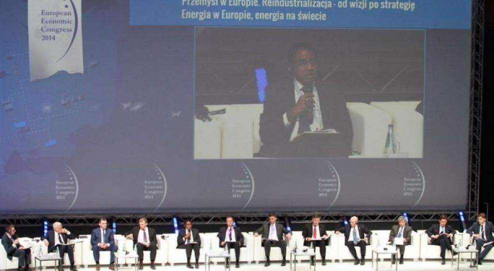 EEC: problemy Polski to bezrobocie młodych i umowy na czas określony