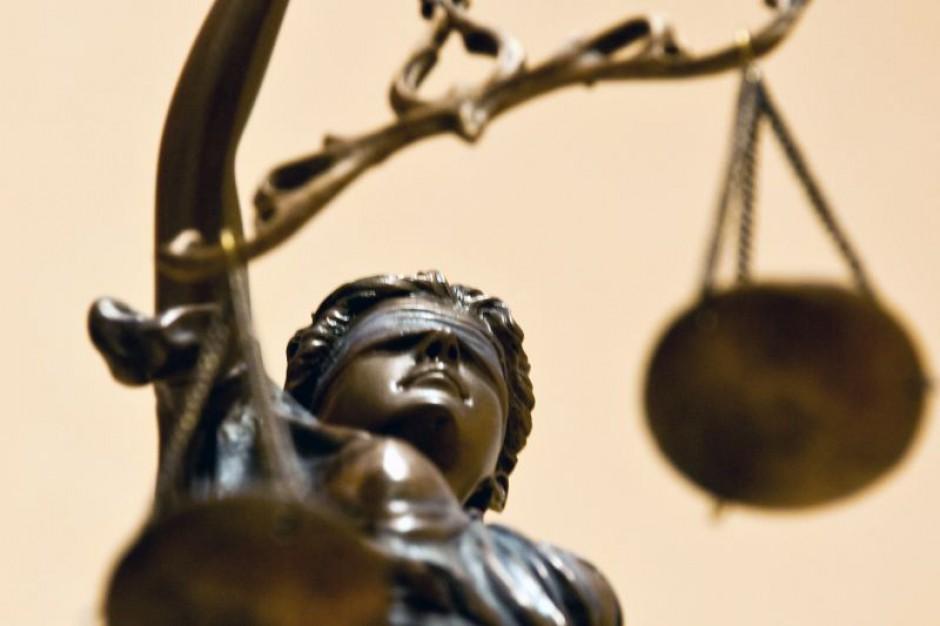 Związkowcy: tysiąc pozwów pracowników sądów o płace