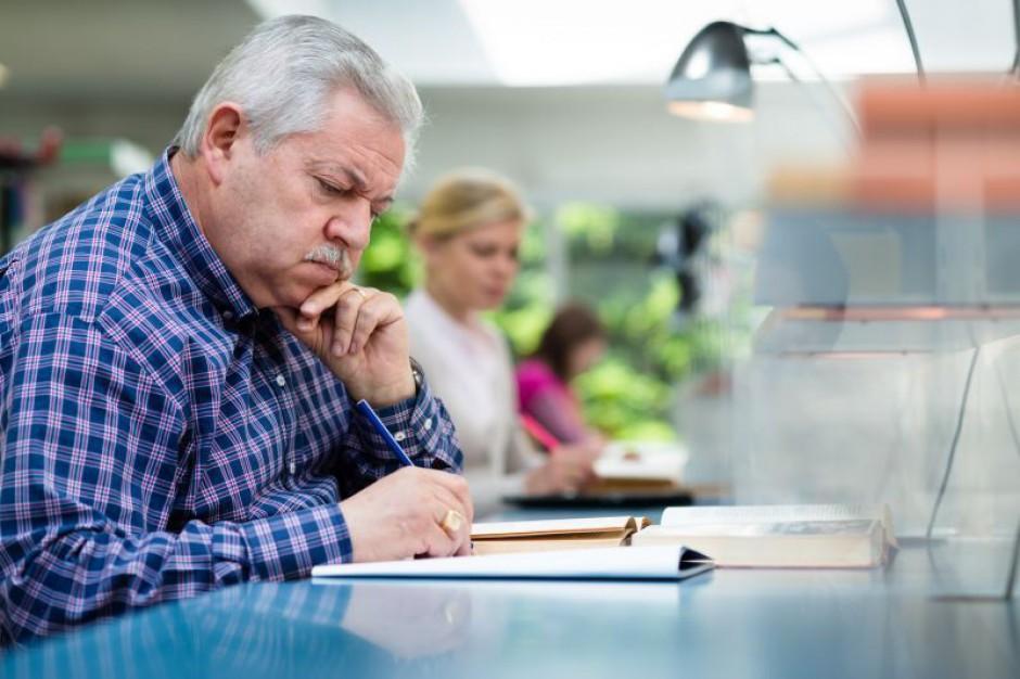 Jak znaleźć pracę po pięćdziesiątce?