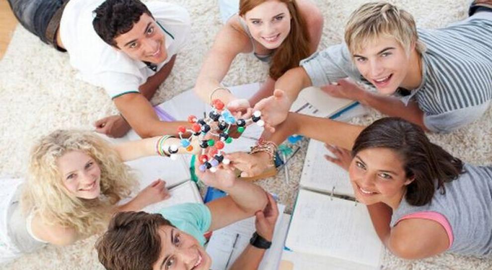 Młodzi powinni uczyć się przedsiębiorczości poprzez praktykę