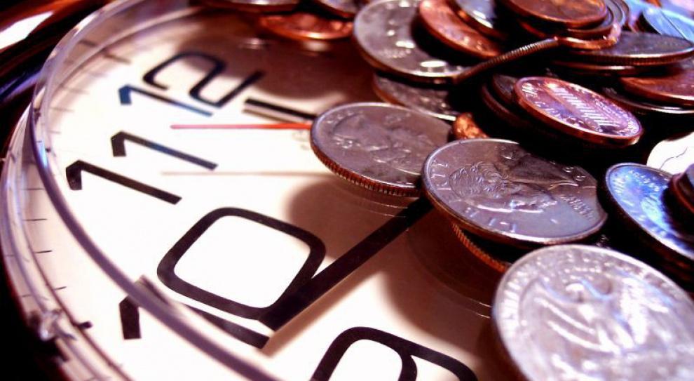 Samorządowcy domagają się wcześniejszych emerytur. Czy słusznie?