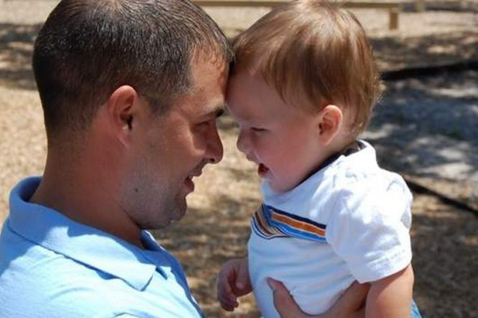 Coraz więcej mężczyzn decyduje się na urlop ojcowski