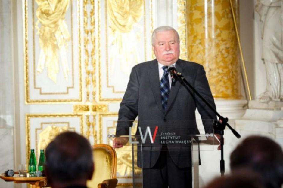 Wałęsa: praca jest potrzebna, by nie doszło do rewolucji