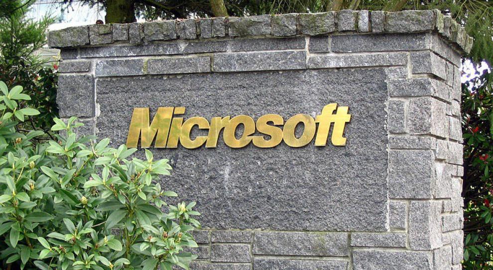 Microsoft zwolni 14 proc. swoich pracowników