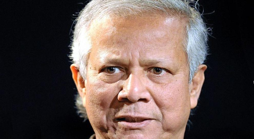 Yunus: System przekształcił ludzi w roboty do produkowania pieniędzy