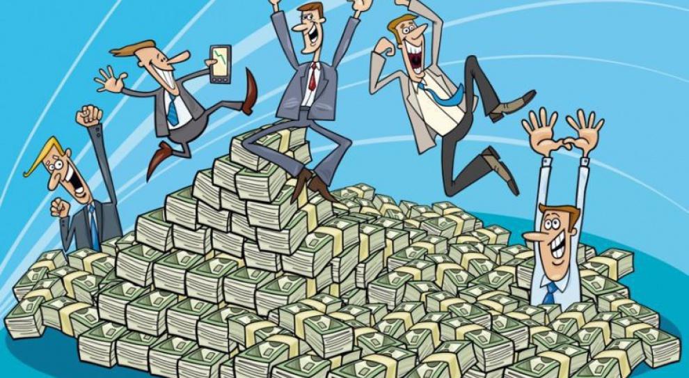 Pensje zatrudnionych w ministerstwach oderwane od rzeczywistości?