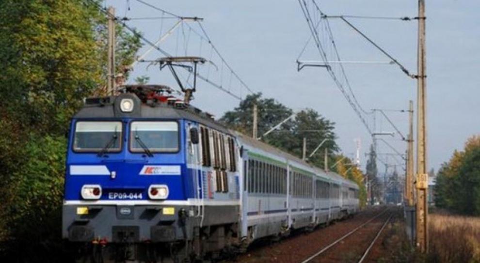 PKP Intercity zadba o czystość w pociągach. Pracownicy będą sprzątać w biegu