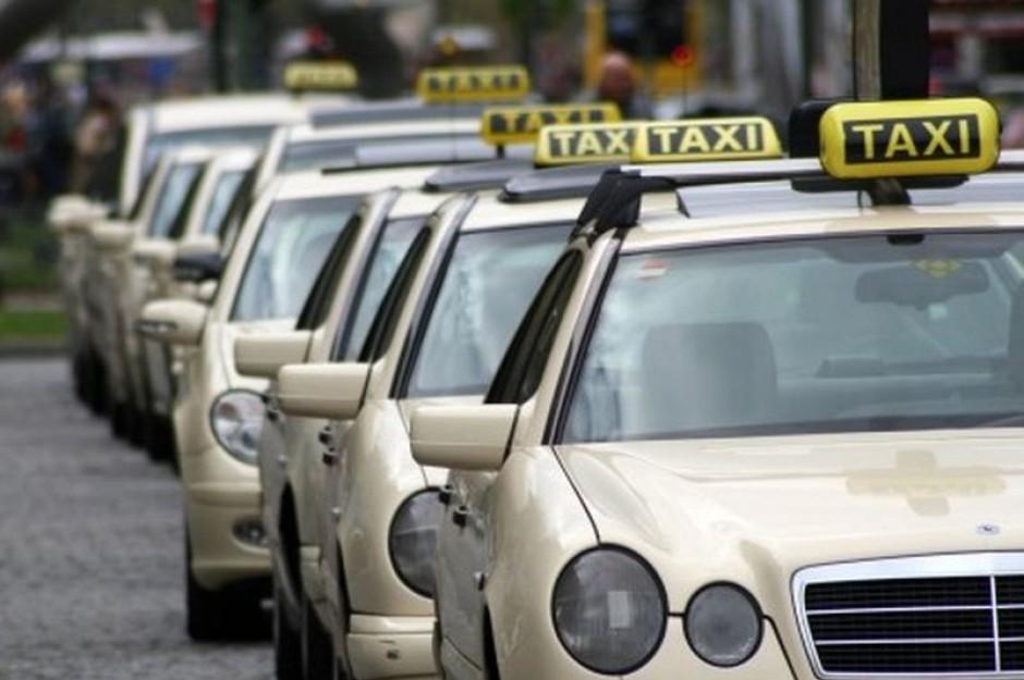 Taksówkarze boją się, że przez Uber stracą pracę