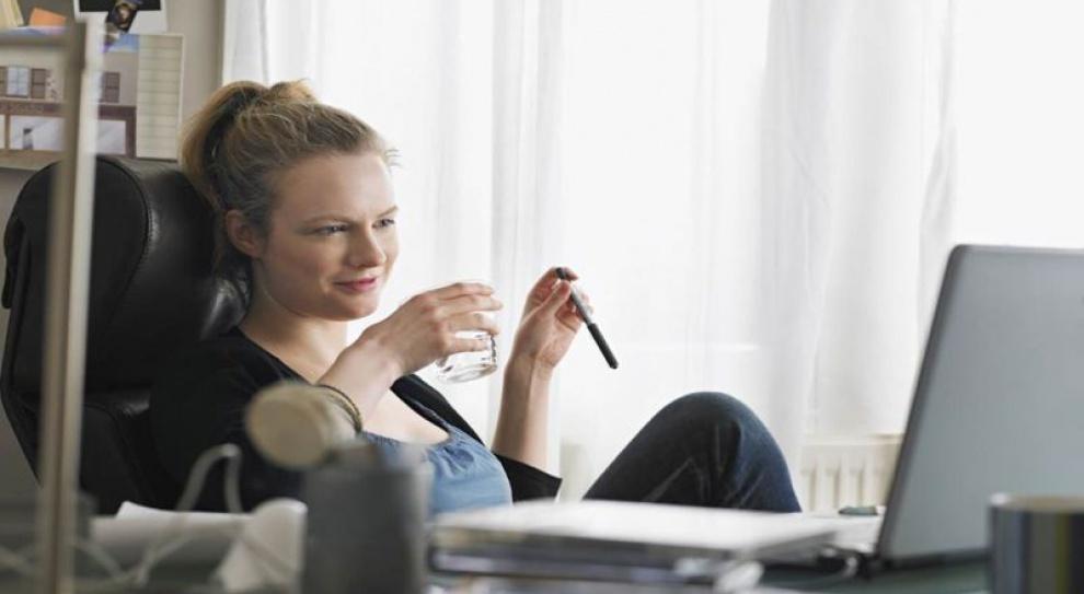Pracujesz zdalnie? Urządź zdrowe biuro w domu