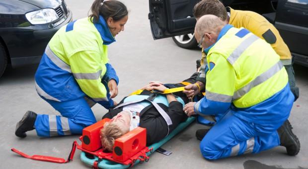 Kiedy i o jakie świadczenia można ubiegać się po wypadku w drodze do pracy?