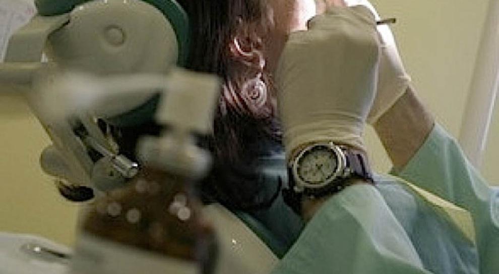 NFZ: harmonogram godzin pracy dentystów bez zmian