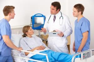 W Polsce za mało lekarzy i studentów medycyny. Co zrobić z powiększającą się luką na rynku?