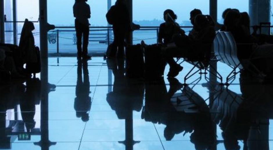 Transport lotniczy w Polsce a rynek pracy w regionach