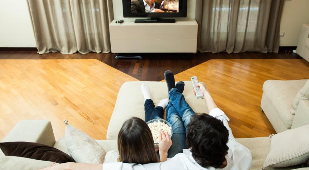 Komputery nieprędko wyprą telewizory z naszych domów