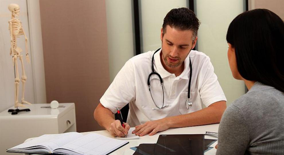 Ten lekarz pracował 175 i pół godziny bez przerwy