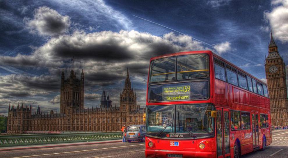 Chcesz otworzyć biznes w Wielkiej Brytanii? Sprawdź, ile będziesz mógł zarobić