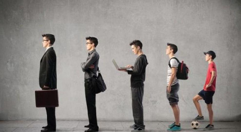 Młodzi studiują, chociaż dyplom im pracy nie załatwi...