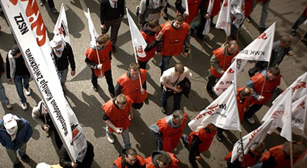 Związki zawodowe stracą przywileje?
