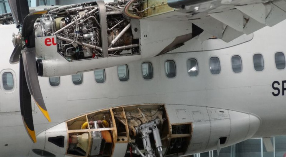 Nawet 50 tys. zł brutto wynosi pensja dyrektora fabryki z branży lotniczej w Polsce. Ile zarabiają pozostali pracownicy?