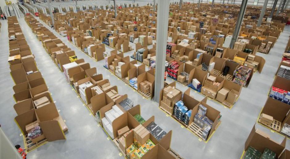 Amazon przeszukuje pracowników. Ci mają dość. Poszli do sądu
