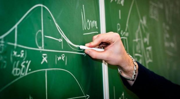 Szukają programistów i specjalistów z branży IT, by pomóc uczniom w nauce
