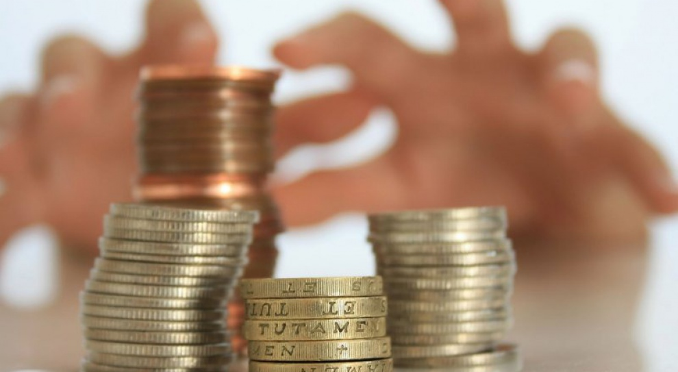 Czy płaca 2144 zł brutto jest bulwersująca? Raczej nie. To prawo rynku