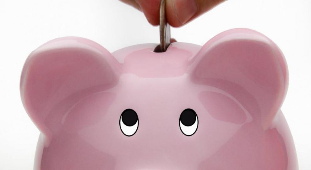 Polacy oszczędzaliby, gdyby mieli większe zarobki. Tak mówi 60 proc. osób