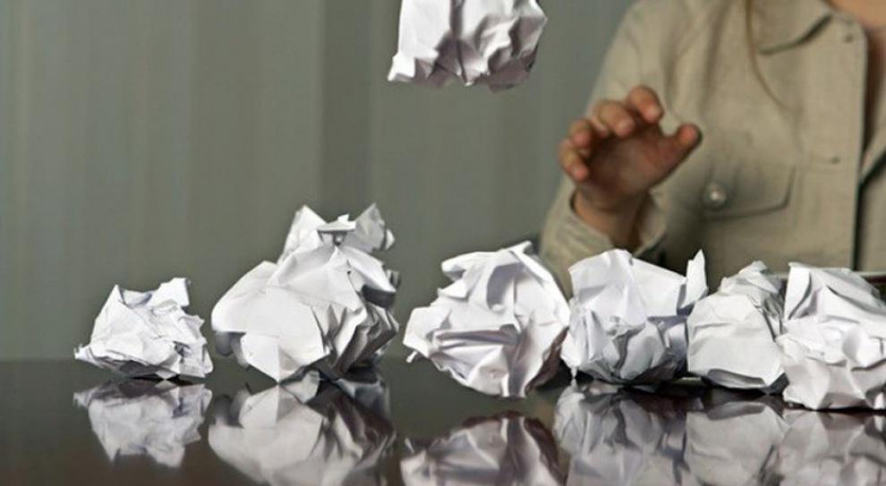 PIP alarmuje: Powinni zatrudniać na etat, a dają ludziom umowy śmieciowe