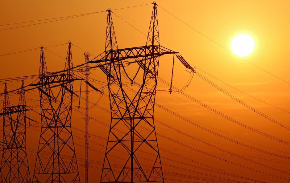 W branży energetycznej i paliwowej gorzej płacą