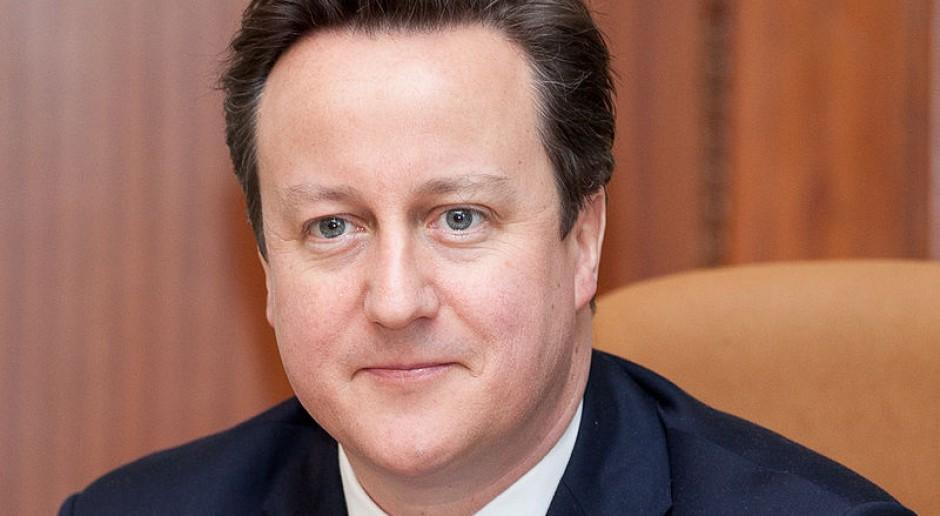 Jadąc do Wielkiej Brytanii lepiej mieć pewną pracę. Cameron chce deportować bezrobotnych imigrantów