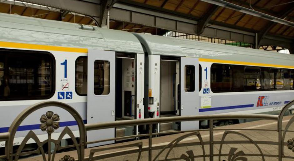 Agencja Digital One szukała pracowników… w pociągu do Warszawy