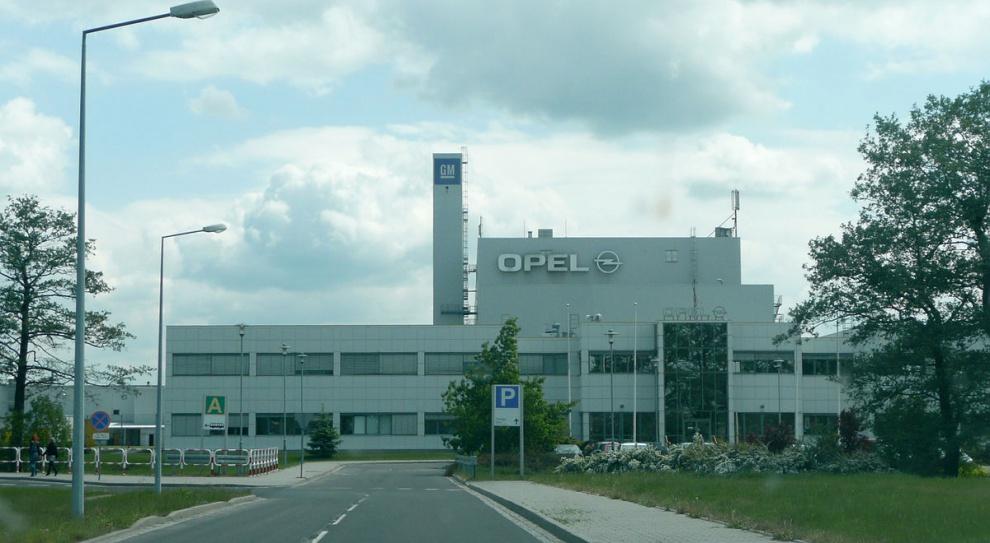 Wiceprezes Opla próbuje uspokoić pracowników. Nie będzie zwolnień?