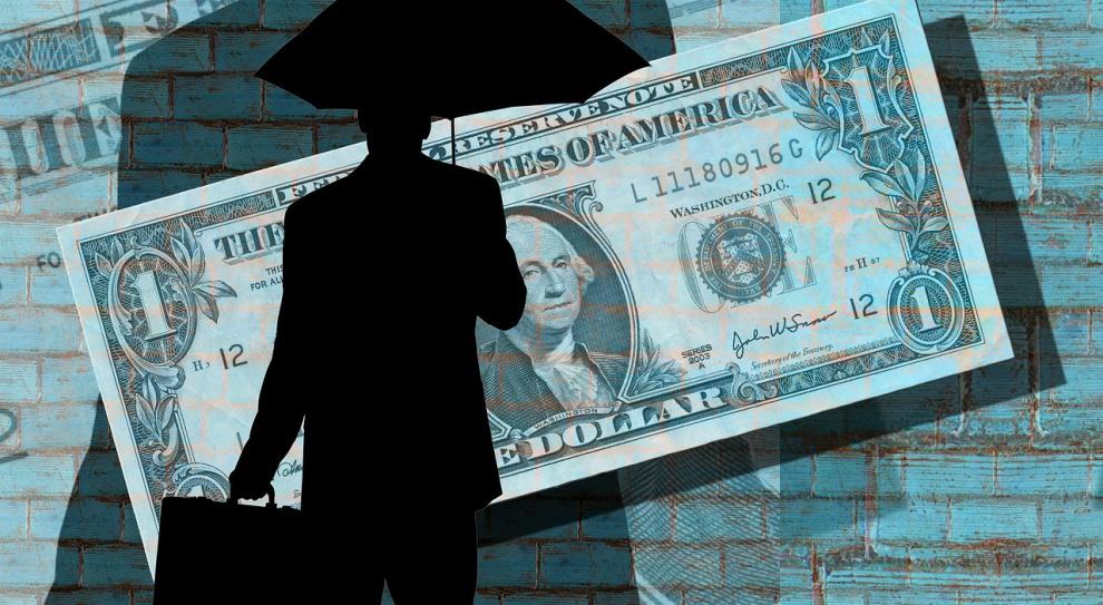 Amerykańskie firmy często płacą prezesom więcej niż fiskusowi