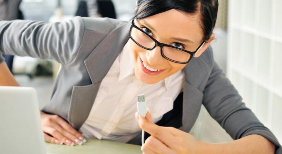Firma zyskuje, gdy rządzą kobiety. A tych wciąż za mało...