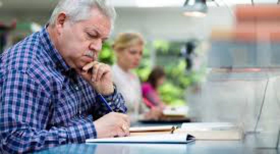 MPiPS alarmuje: Za mało osób aktywnych zawodowo po pięćdziesiątce
