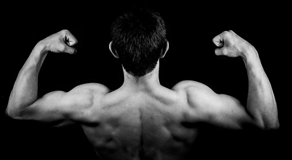 Napnij muskuły przed walką. Łatwiej będzie ją wygrać