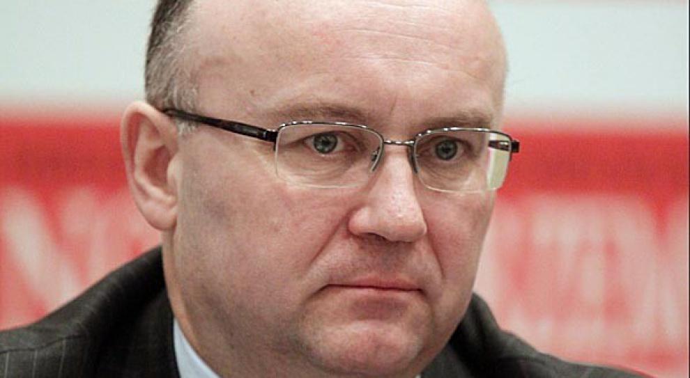 Przejął stery w KW. A jaki jest Krzysztof Sędzikowski?