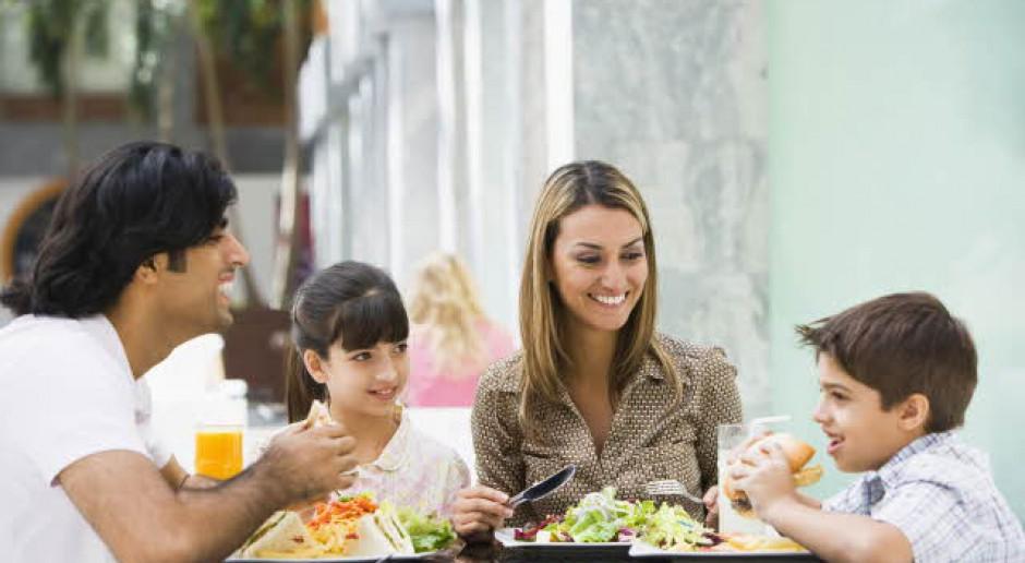 Benefity pracownicze: Co podarować pracownikom na święta?