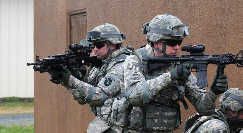 Żołnierze potrzebują telefonu zaufania. M.in. przez wypalenie zawodowe