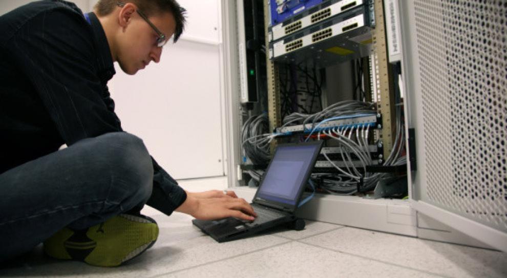 Coraz trudniej o specjalistów w telekomunikacji