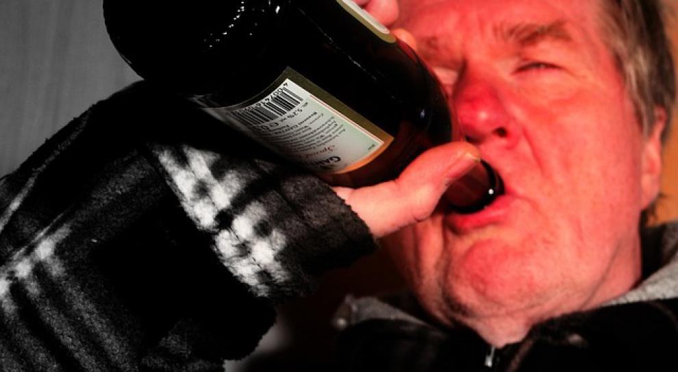 Nie pracuj za długo, bo... możesz wpaść w alkoholizm