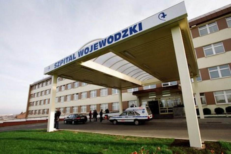 Lekarze - repatrianci z Ukrainy chcą pracować w Polsce