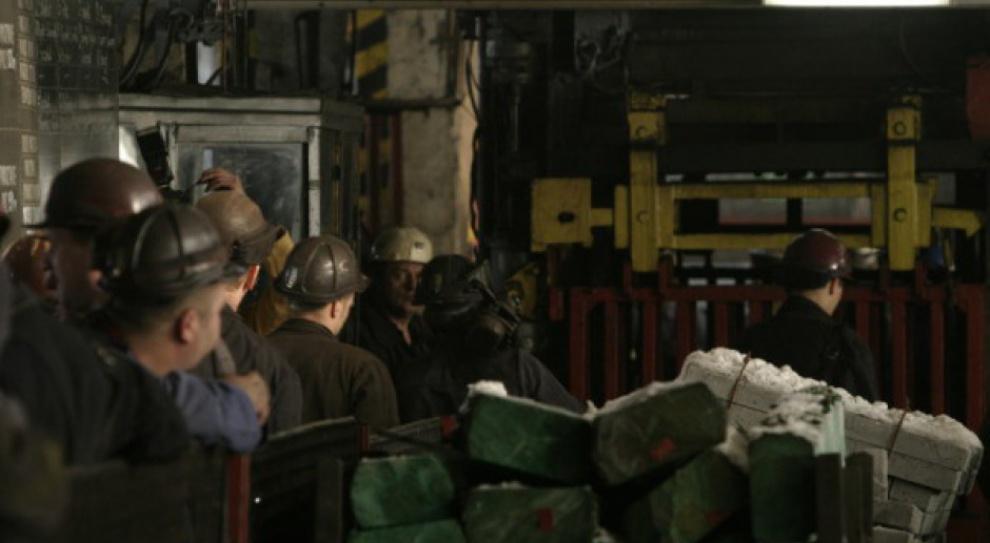 Referendum w JSW: Zarabiają średnio ponad 8 tys. zł. Będą strajkować?