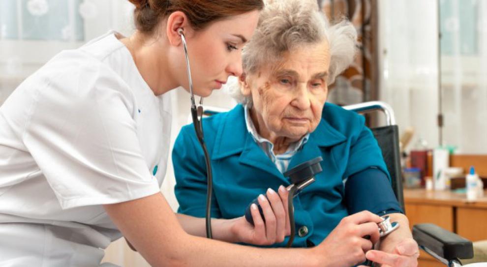 Pielęgniarka przed 40-tką to rzadkość