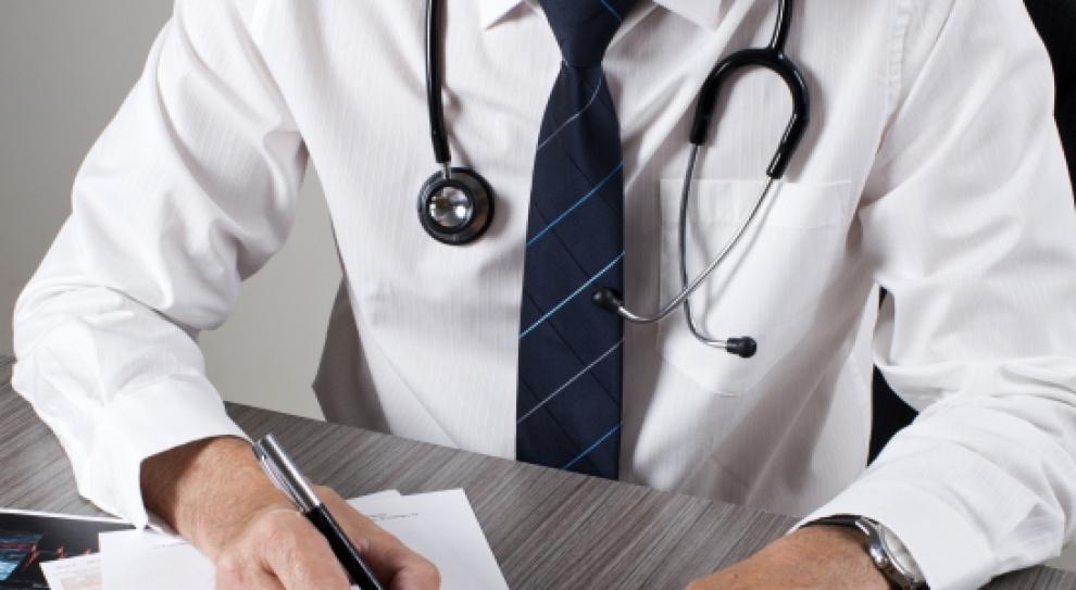 Im większa konkurencja, tym mniejsze zarobki lekarzy