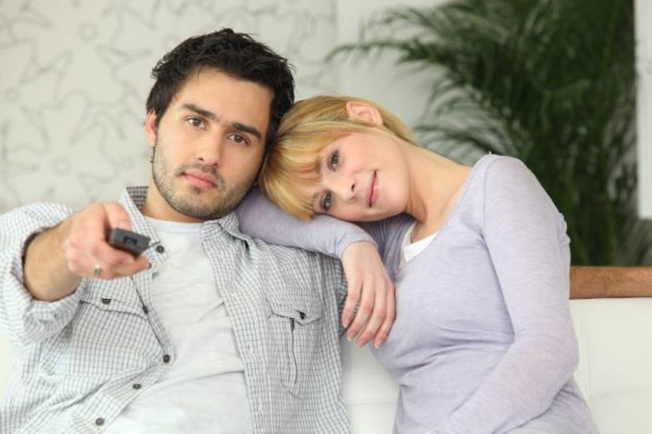 Młodzi Polacy - mało mobilni i na garnuszku rodziców