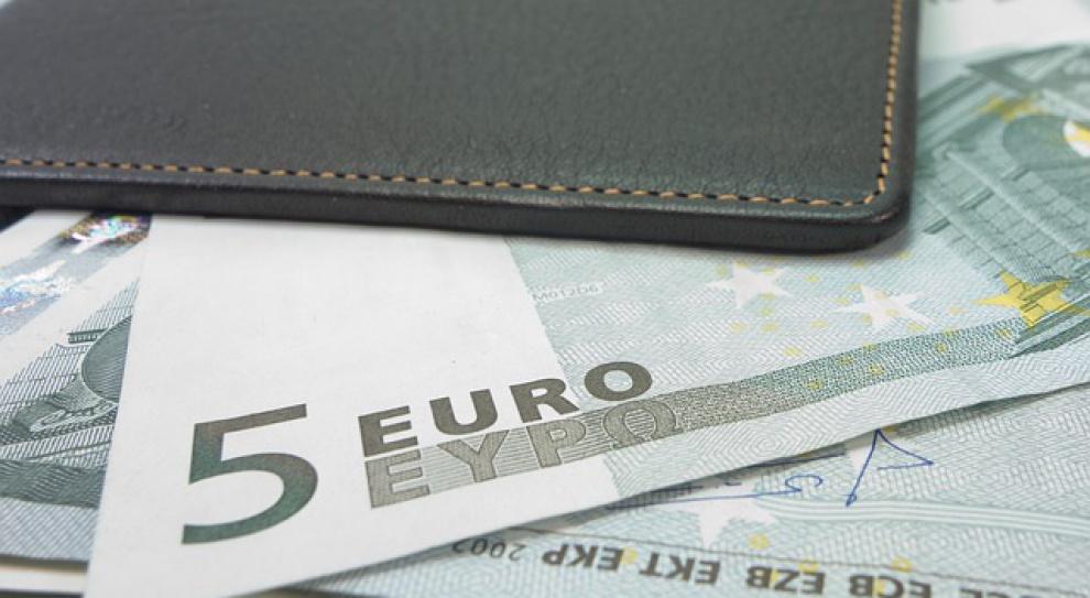 Nie ma co liczyć na wyższą pensję w 2015 r.